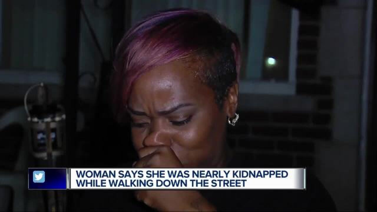 Woman says she was nearly kidnapped