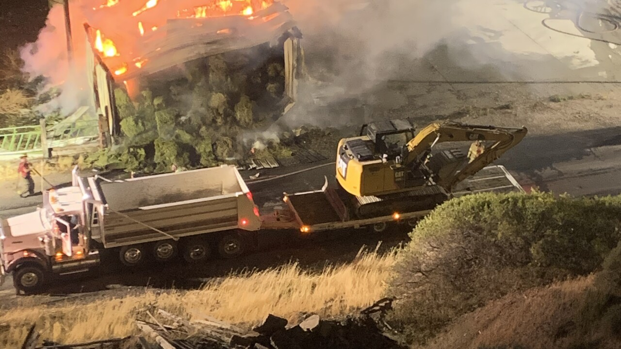 0725 SPANISH FORK BARN FIRE CAUSED BY FIREWORKS PIC II COURTESY STEPHANIE STEVENSON.jpeg