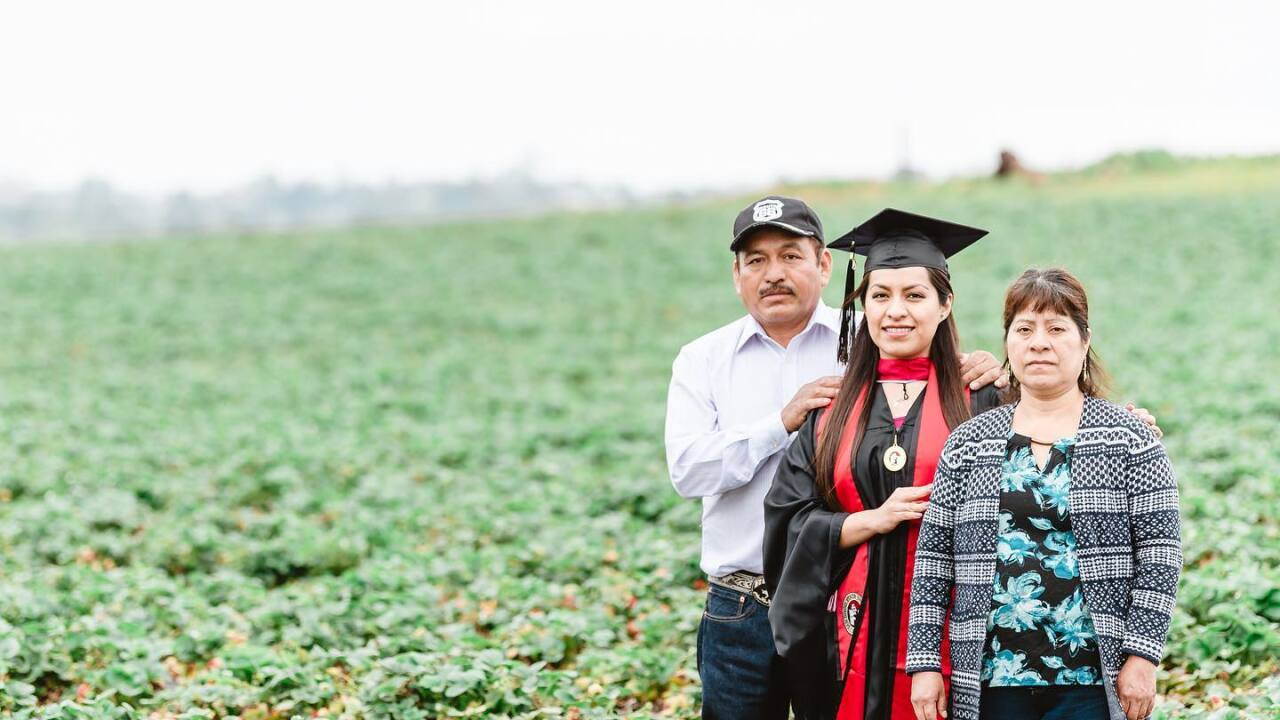 Her parents were farmworkers. She was a teen mom. A viral graduation photo made her story known
