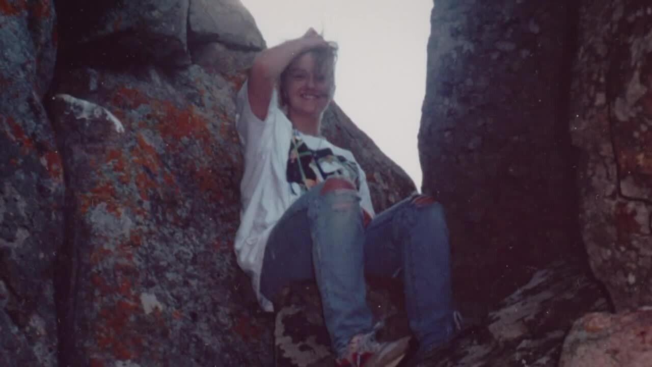 """Murder at Cameron Bridge: Who Killed Danielle Houchins?"""