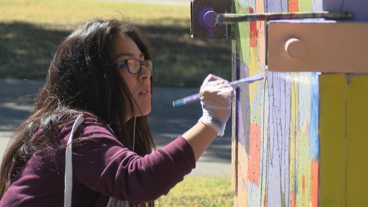 Temple High School students use dumpsters as canvases
