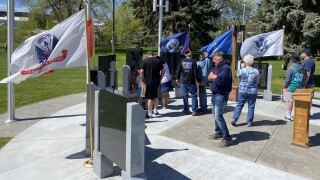 Veterans groups honor fallen soldiers on Memorial Day