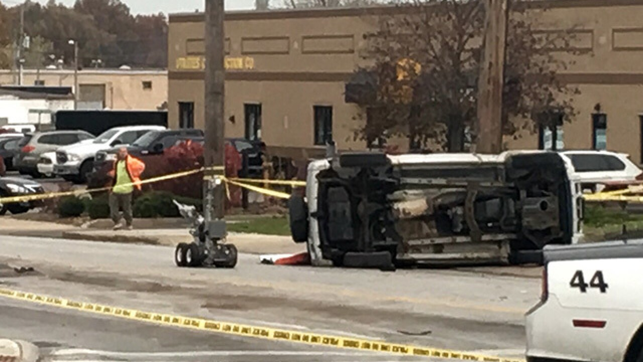 Bank robbery suspects flip car in South Euclid