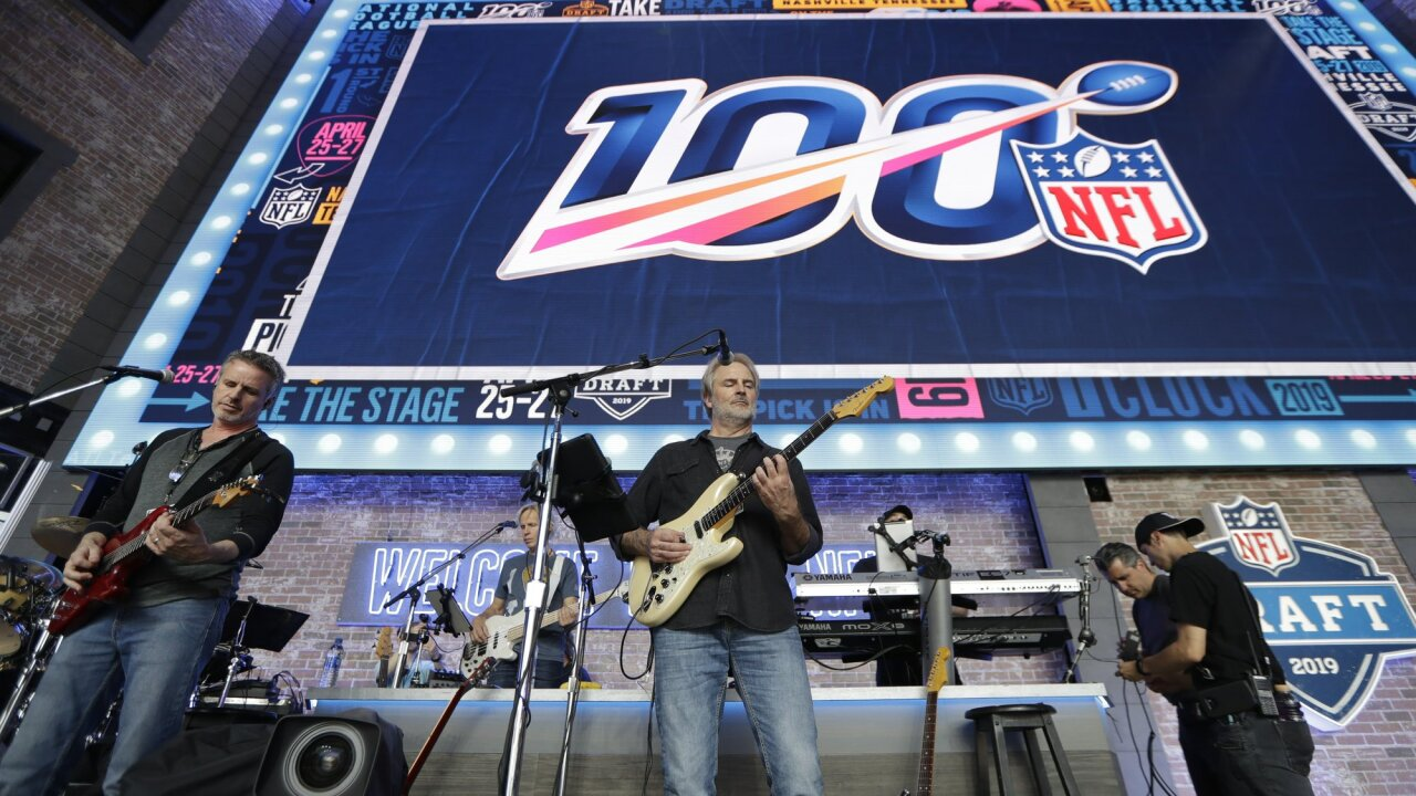 The band Sixwire rehearses ahead of draft. Associated Press photo.