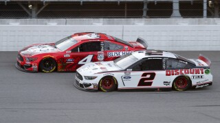 Harvick edges Kesselowski at MIS