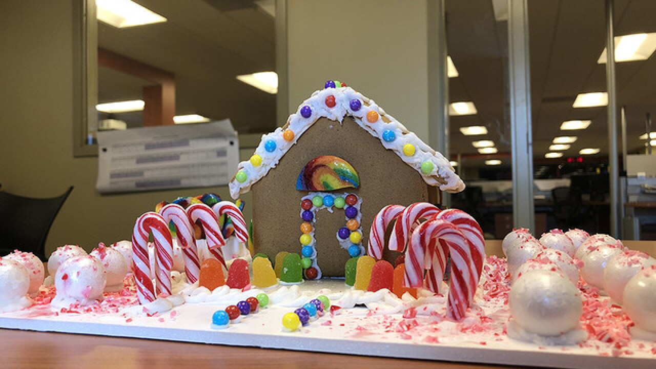 Battle of the baked goods: WMAR 2 News morning crew decorate gingerbread houses