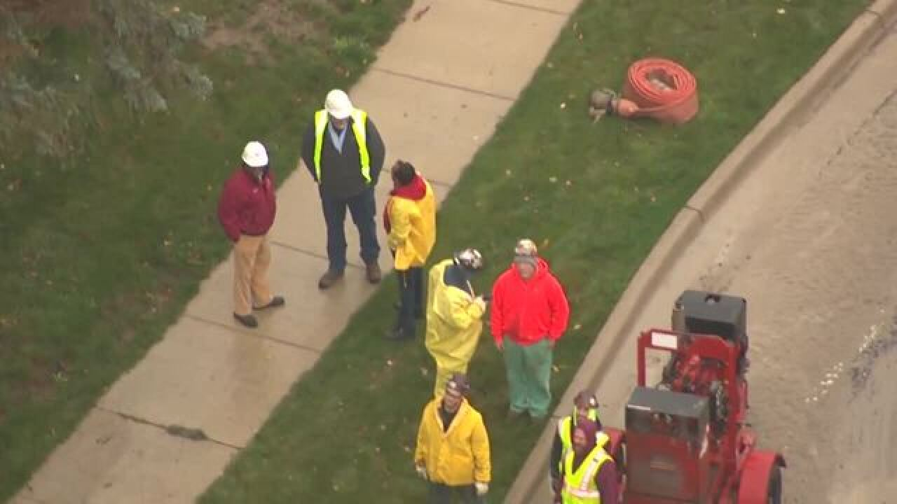 Large water main break floods 14 Mile
