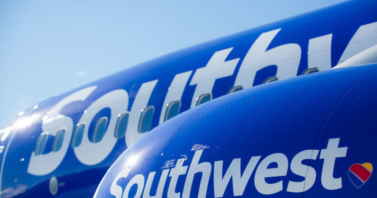 Southwest flight makes emergency landing at BWI due to 'unusual odor' on aircraft