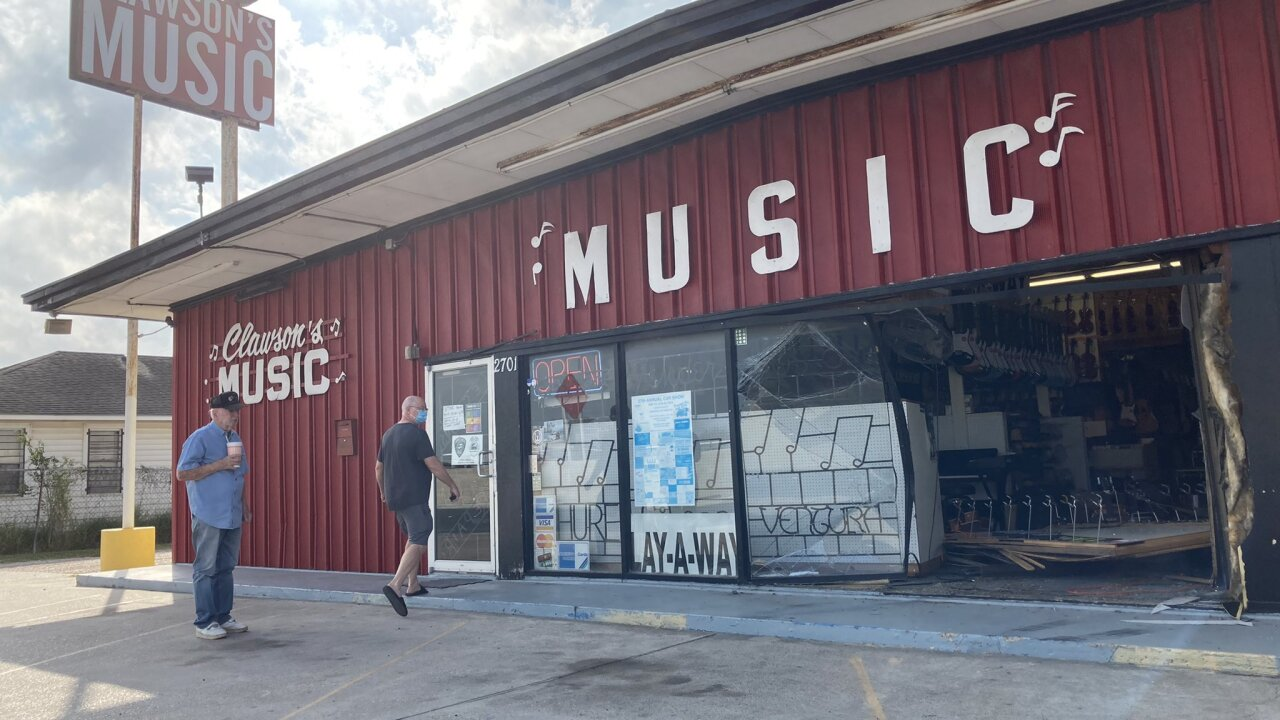 Accordion theft at Clawson Music
