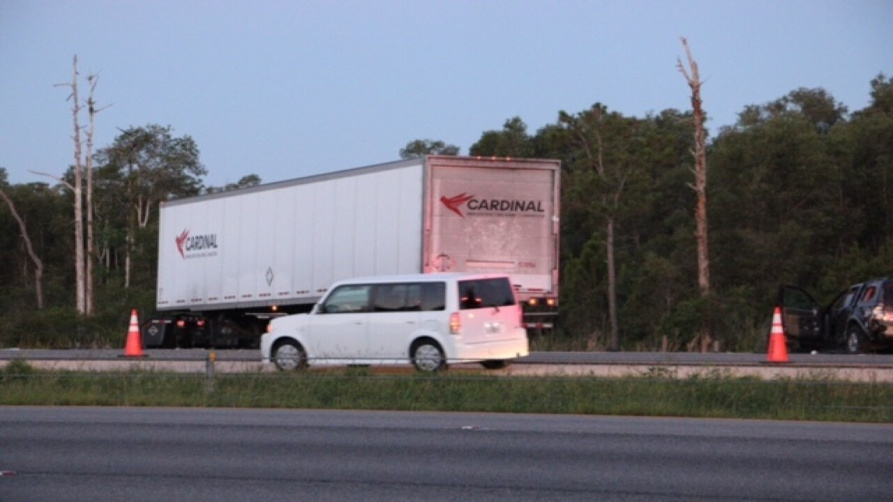 I-75 reopens in Fort Myers after fatal crash