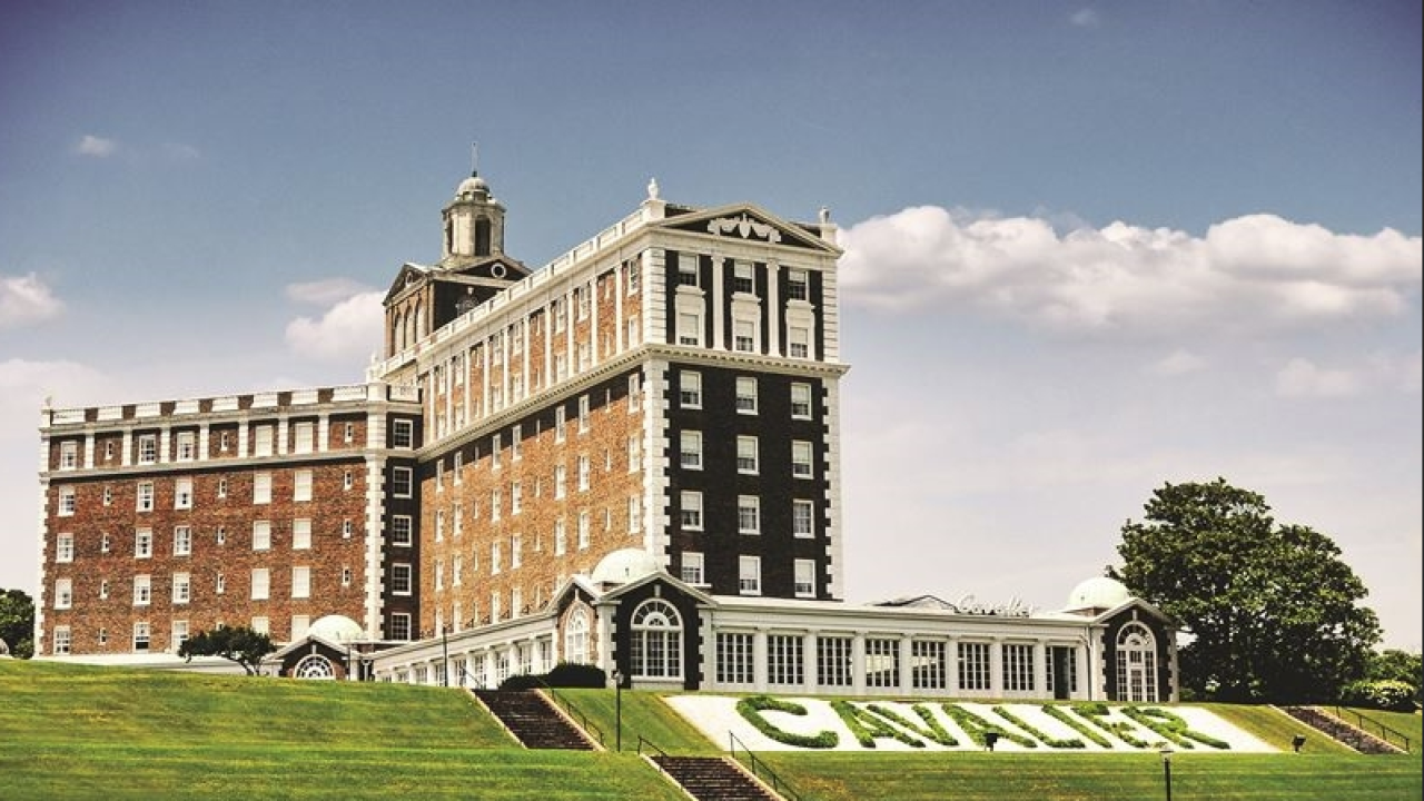The Cavalier Hotel opens its doors for special Valentine's Day vowrenewals