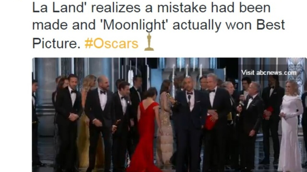 Oscars Best Picture mixup: 'La La Land' mistakenly named Best Picture winner (Moonlight really won)