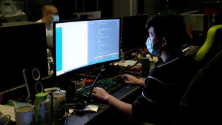 Video gamers help small businesses build websites for free during pandemic