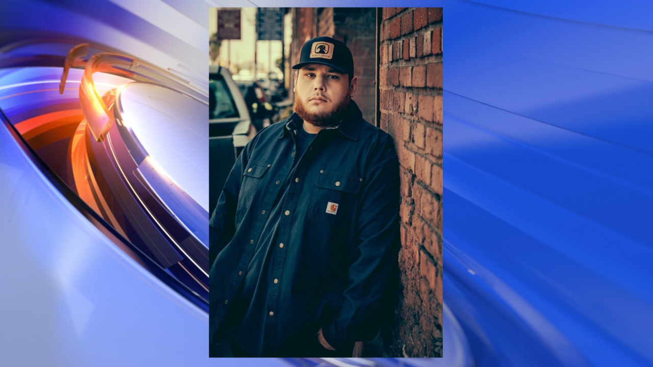 Luke Combs to headline 2019 Patriotic Festival