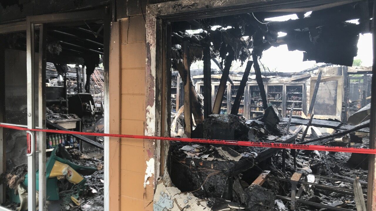 kens store fire pic .JPG