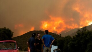lake_hughes_lake_fire_hillside_ap_081220.jpg