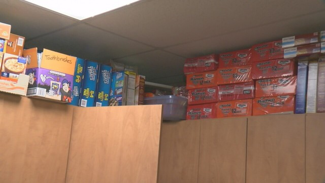 Tucson steps up to replace food for teens