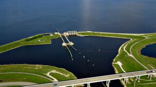 Glades residents concerned about rising Lake O