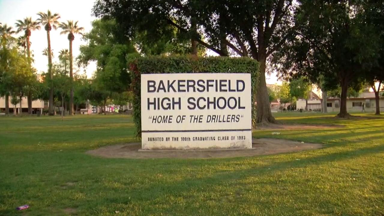 Bakersfield High School.png