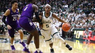 No. 14 Michigan State tops Northwestern, moves into first
