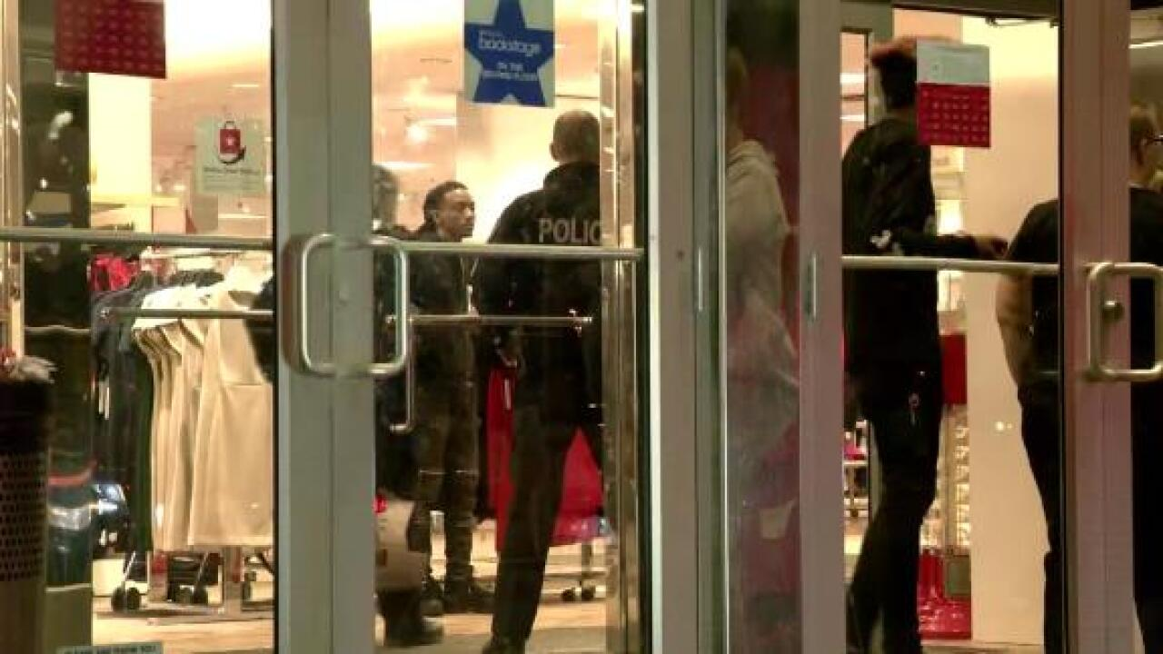 Suspect arrested in shooting on Black Friday at Syracuse mall