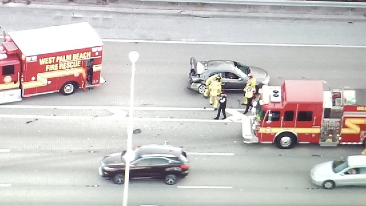 Crash on I-95 near Forest Hill Boulevard causing major delays