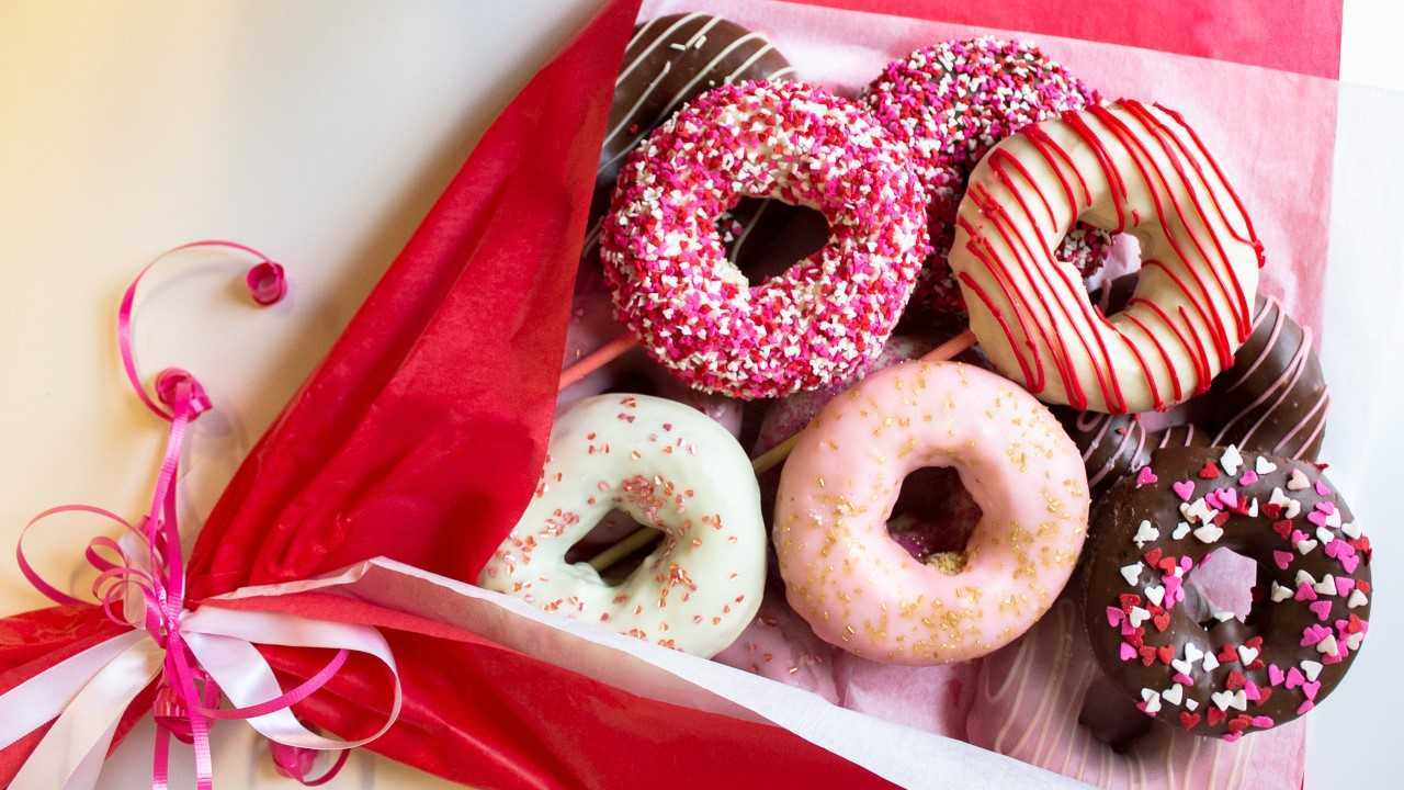 Holey Moley debuts Valentine's Day doughnut bouquets