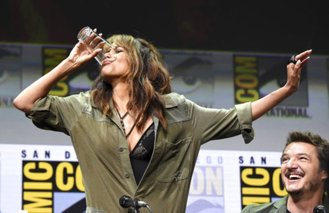 PHOTOS: Celebrities at San Diego Comic-Con 2017