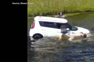 Witness recalls saving woman from sinking SUV in Boca Raton