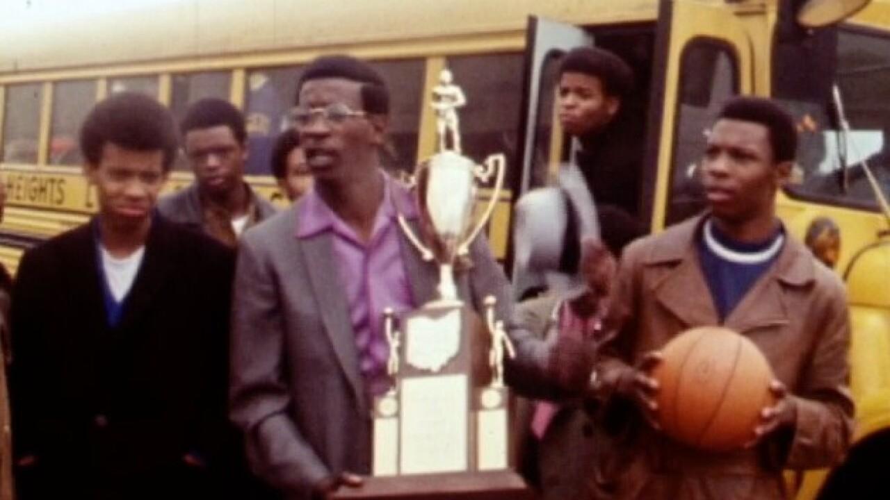 Lincoln_Heights_1970_basketball_2.jpg