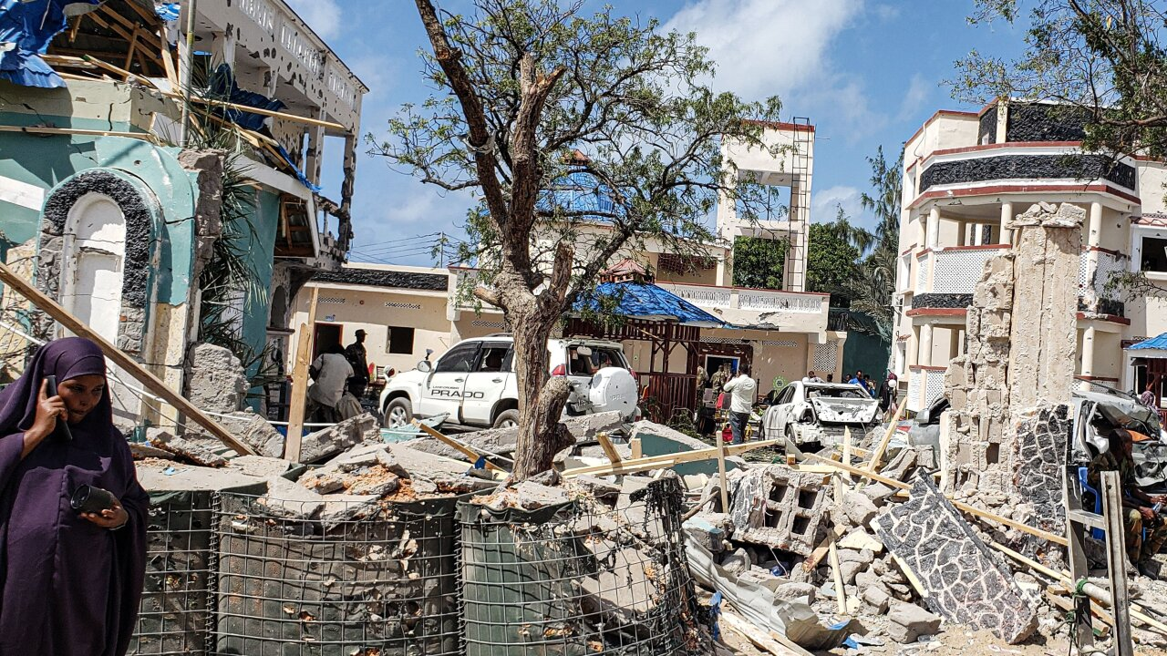 At least 26 dead in terror attack at Somalia hotel