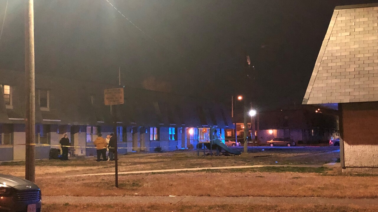 Man critically injured after Newport News double shooting