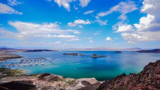 Man dies at Lake Mead