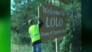 """Community hopes to get new """"Welcome To Lolo"""" sign up soon"""