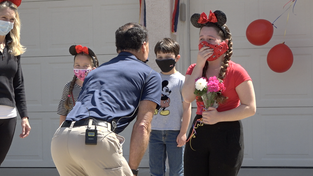 Dad surprises daughter for her birthday in quarantine