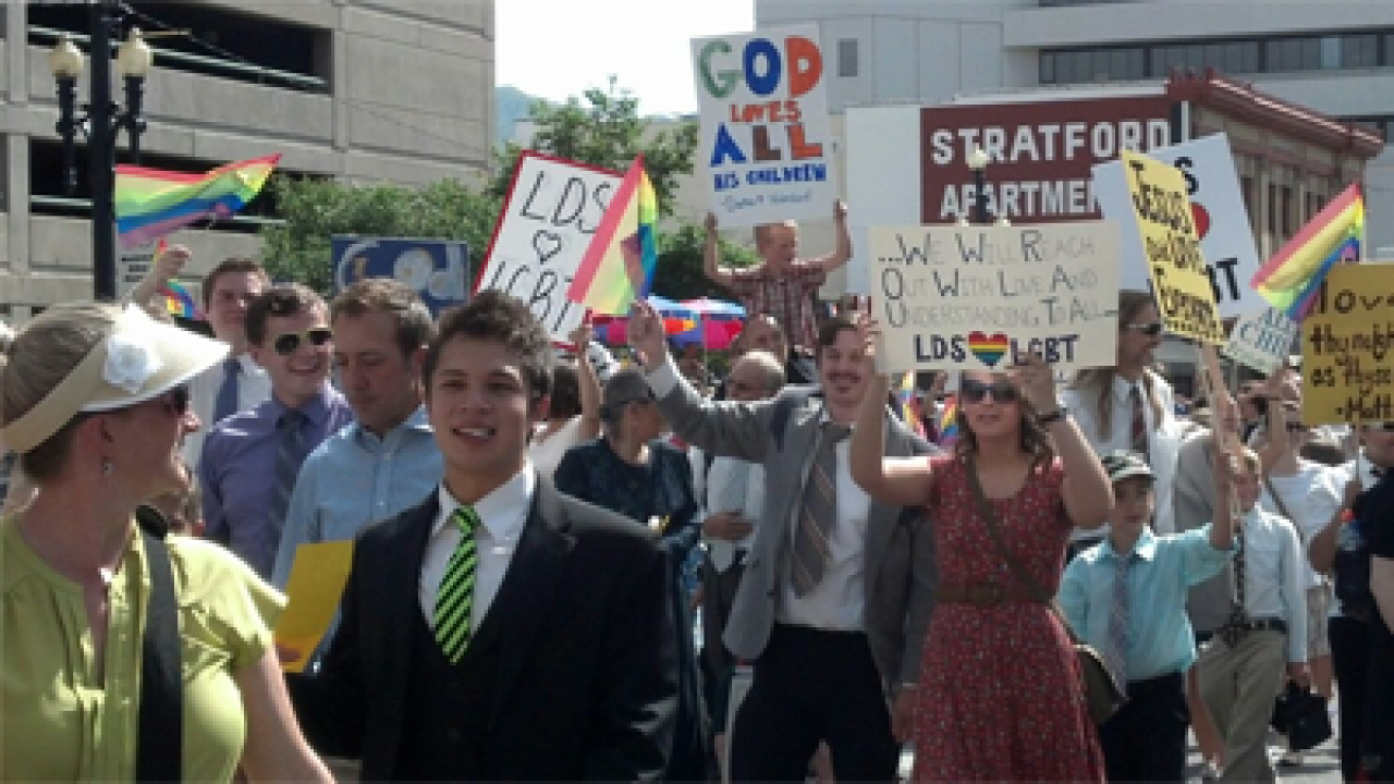 Mormon group preaches message of acceptance in Pride Parade