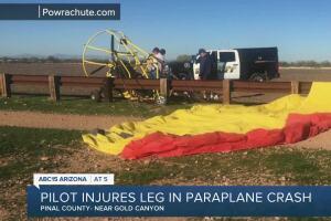 Pilot injures leg in paraplane crash