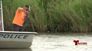 Identifican a conductor que murió al caer al Río Nueces