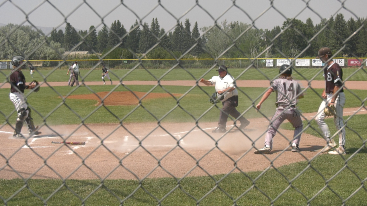 Belgrade Bandits punch ticket to state tournament with win over Gallatin Valley Outlaws