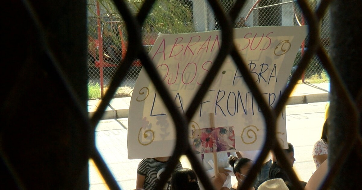 asylum protest pic.'