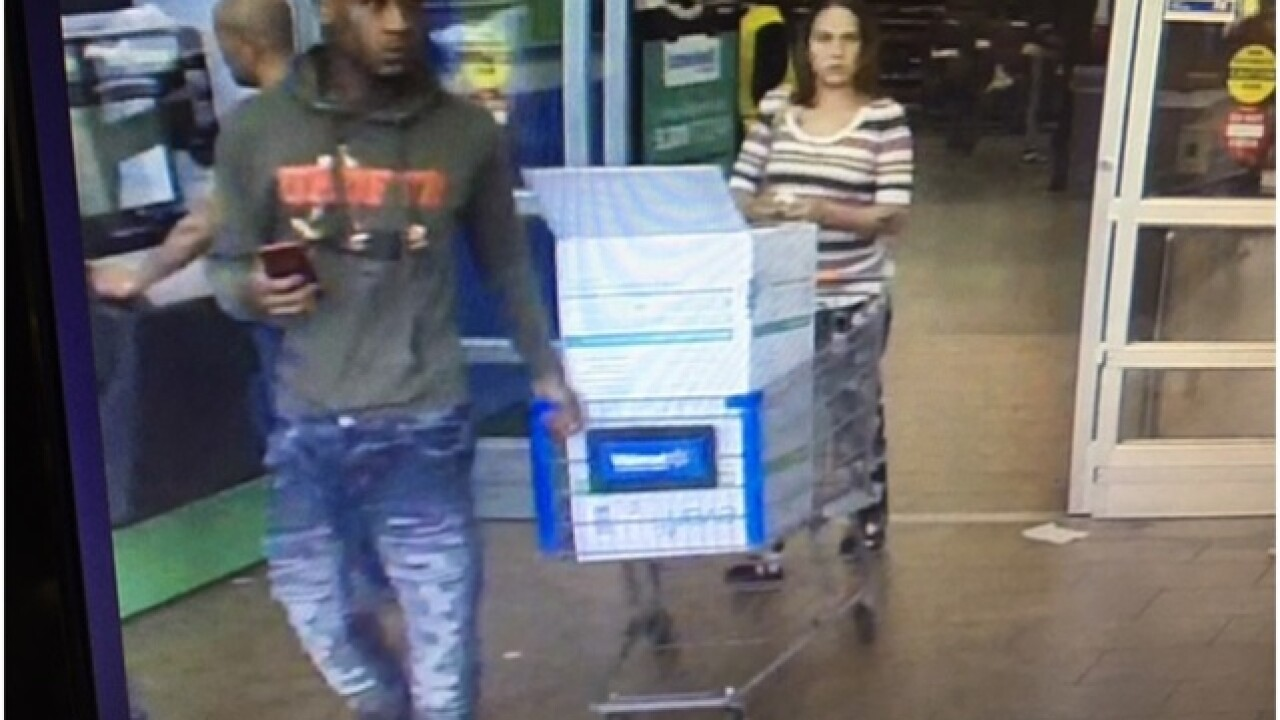 Woman pepper-sprays 2 people at West MKE Walmart