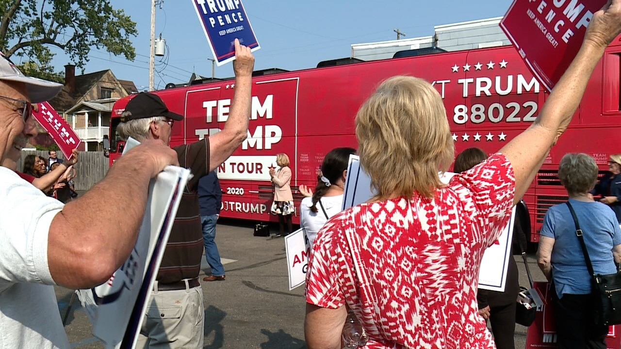 Trump tour.jpg