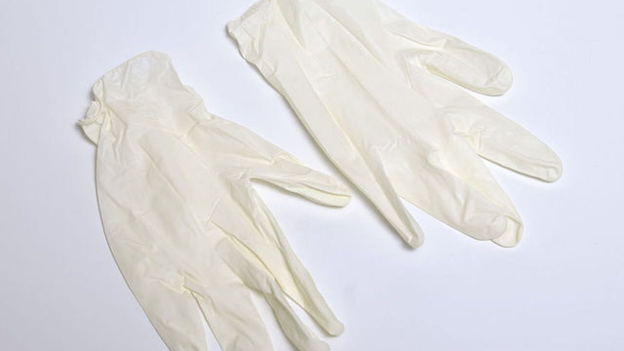 Why powdered surgical gloves may be banned