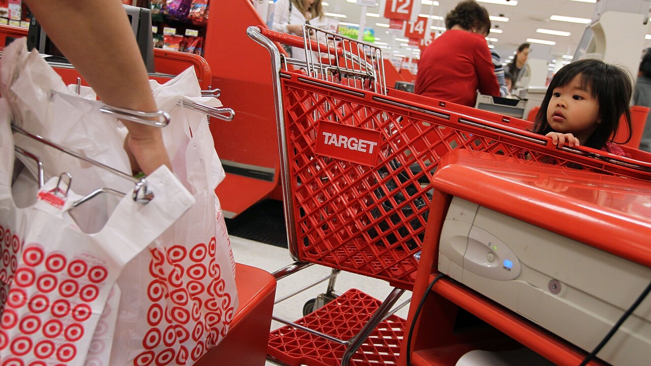 Target Reports Increase In Quarterly Earnings