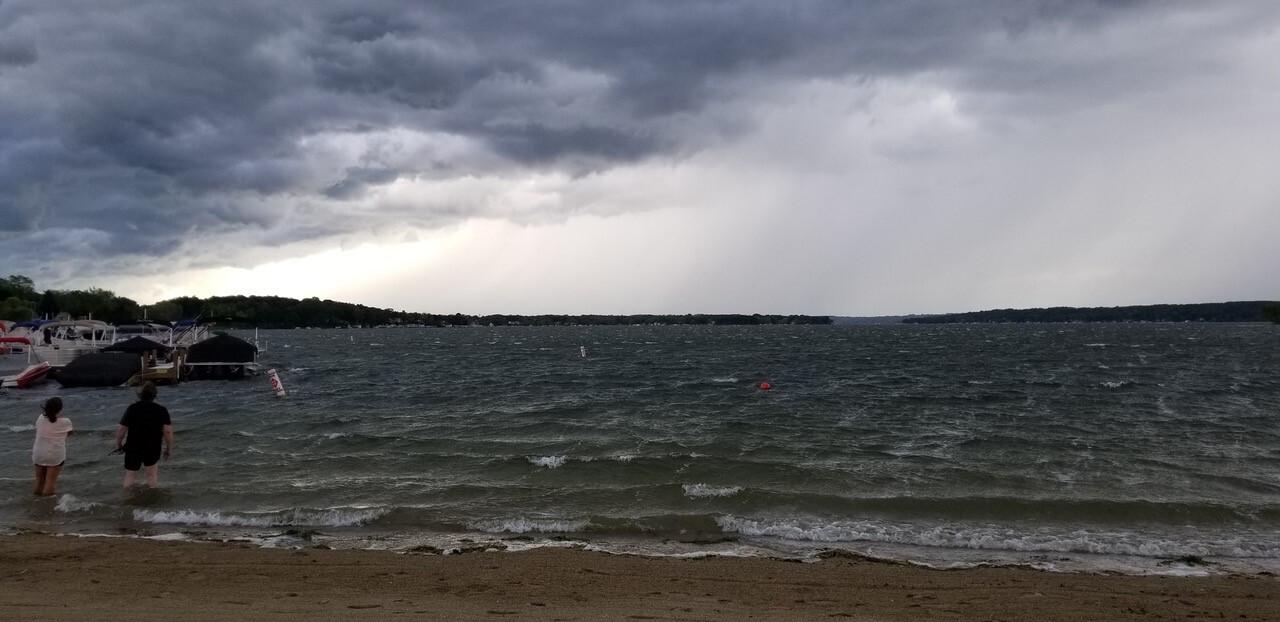 pewaukee-lake.jpg