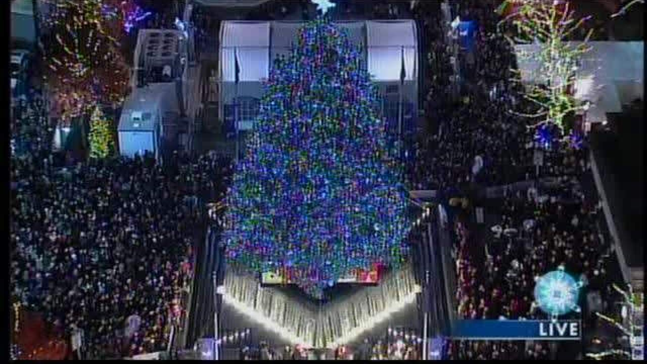 Huge crowds expected for annual Detroit Tree Lighting Ceremony in Campus Martius Park