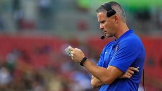 Coach Mike Novell