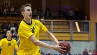 Michigan's Franz Wagner out 4-6 weeks with fractured wrist