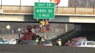 131 at 54th St bridge work crew.JPG
