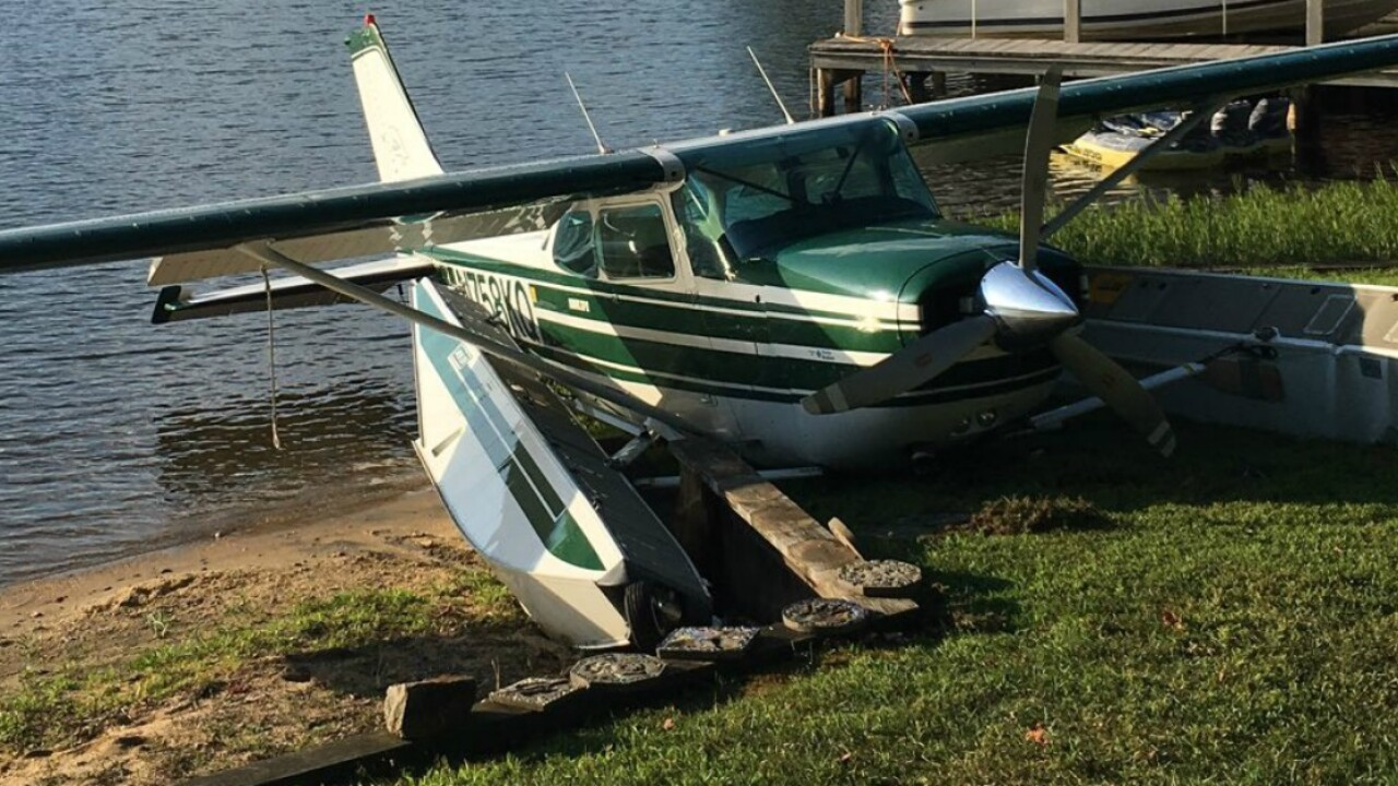 2 injured after seaplane crashes into embankment on shore of LakeAnna